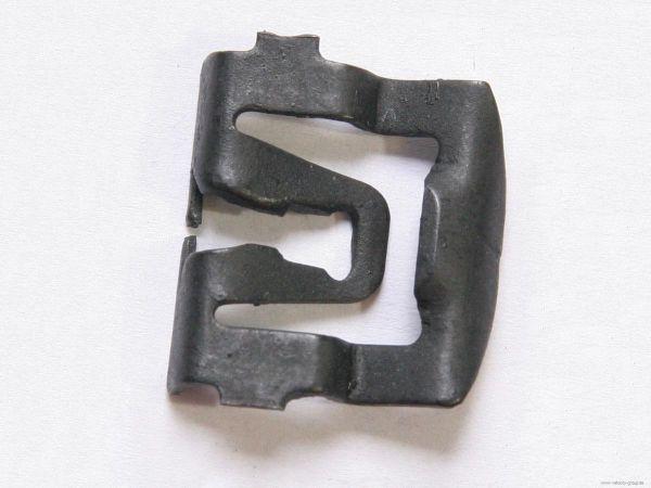 66-73 Clip für Scheiben Zierleisten