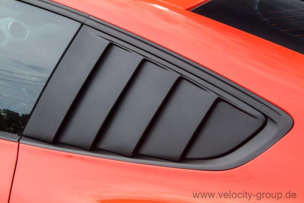 15-19 Ford Mustang Aufsatz für Scheibe - Hinten Links und Rechts - Schwarz