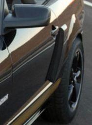 05-09 Ford Mustang Lufteinlass Seitenwand hinten - Rechts