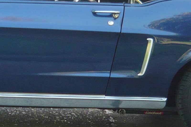 1968 Ford Mustang Zierleiste Lufteinlass Seite