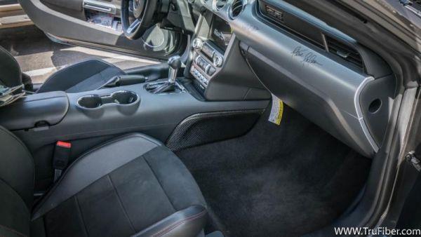 15-18 Ford Mustang Mittelkonsole - Carbon - Seitenteile - Links und Rechts