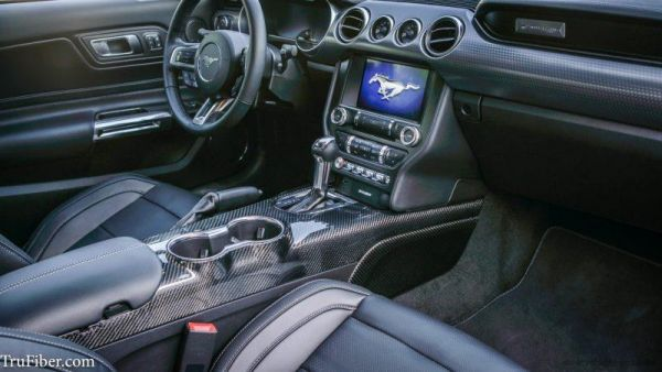 15-21 Ford Mustang Mittelkonsole - Carbon