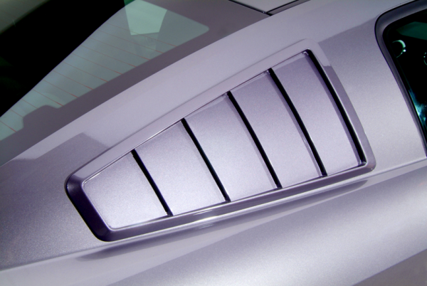 10-14 Ford Mustang Coupe Aufsatz für Scheibe - Cervinis - 65'' Style