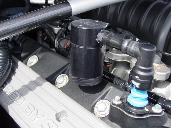 07-14 GT500 JLT Ölabscheider Beifahrerseite - Silber