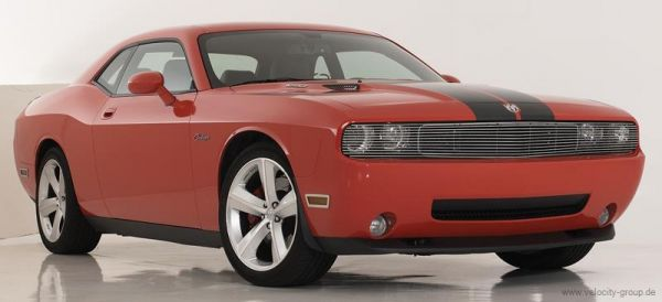 09-14 Dodge Challenger Kühlergrill Einlage - Vorne oben