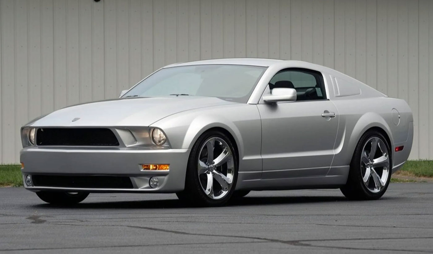 Ford Mustang Lee Iacocca Silver Edition