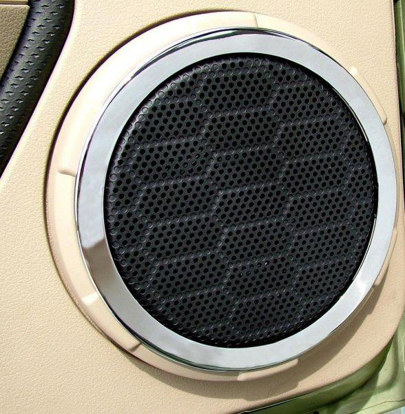 05-09 Ford Mustang Rahmen für Lautsprecher - Chrom