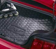 05-09 Kofferraummatte aus Gummi - ohne Subwoofer für Cabrio