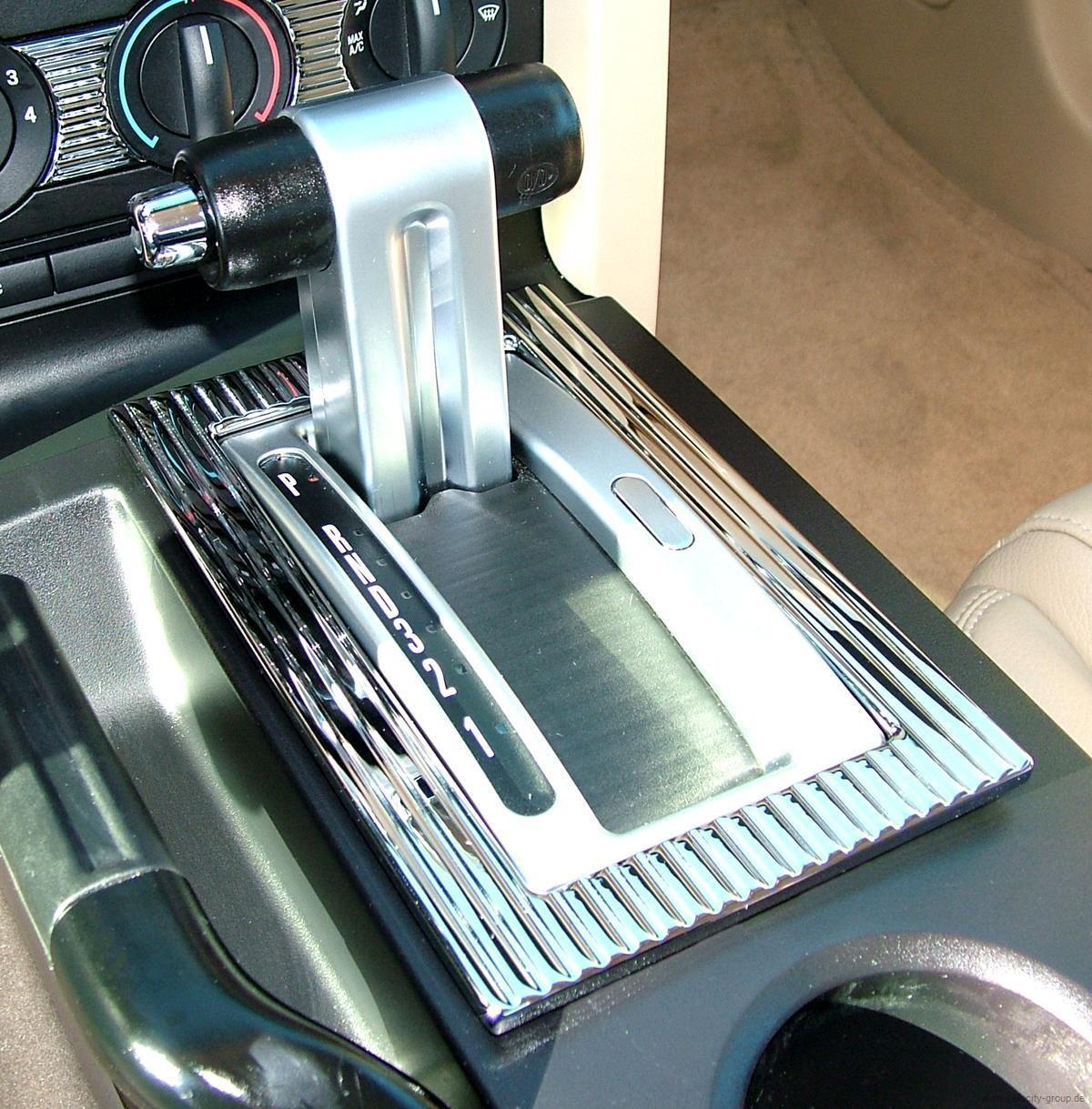 05-09 Ford Mustang Rahmen für Schaltkulisse Automatikgetriebe