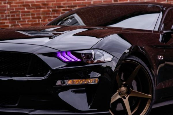 18-20 Ford Mustang LED Licht Set - Multicolor ohne Blinker (EU)