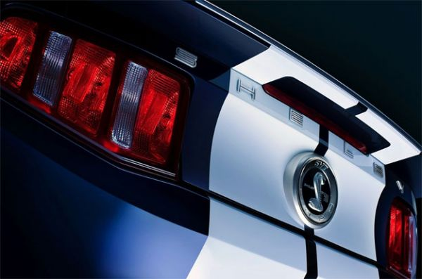 10-14 Shelby GT500 Schriftzug für Kofferraumdeckel
